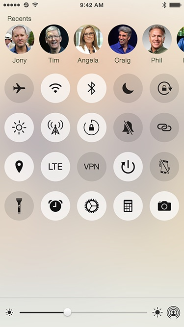 Light toggles screen with contacts